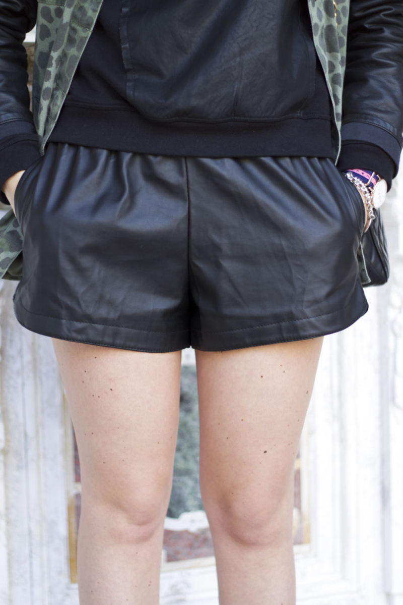 Leather_Shorts27.jpg